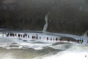 얼음강 건너기